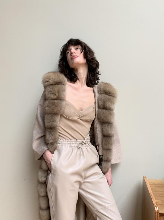 Парка-пальто из кашемира Loro Piana с отделкой мехом куницы